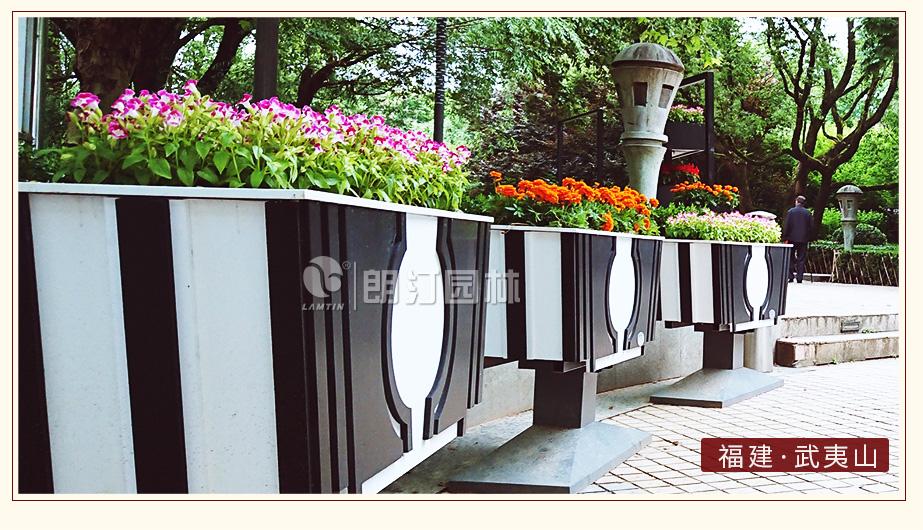 天籟藝術花箱景區入口綠化案例